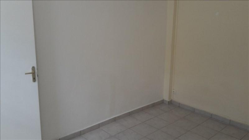 Rental apartment Pointe a pitre 650€ +CH - Picture 4