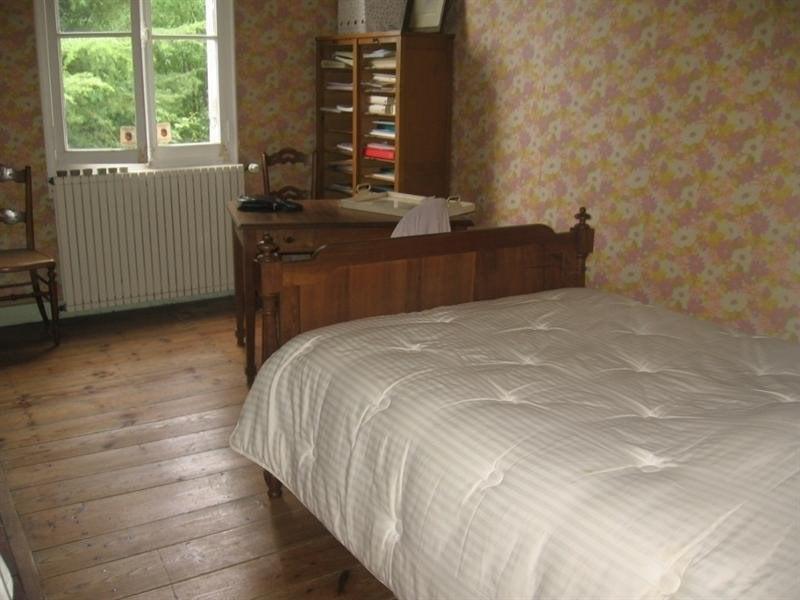Sale house / villa Montguyon 260000€ - Picture 10
