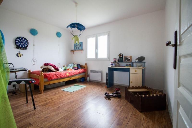 Sale house / villa St just le martel 139900€ - Picture 5