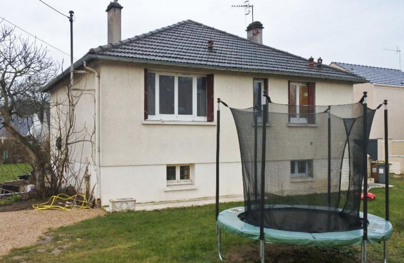 Sale house / villa Montigny les cormeilles 334400€ - Picture 1