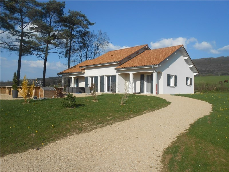 Sale house / villa 10 mn thoirette 249 000€ - Picture 1