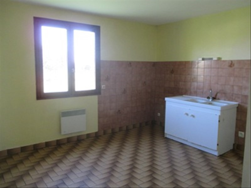 Location maison / villa Saffre 720€ CC - Photo 4