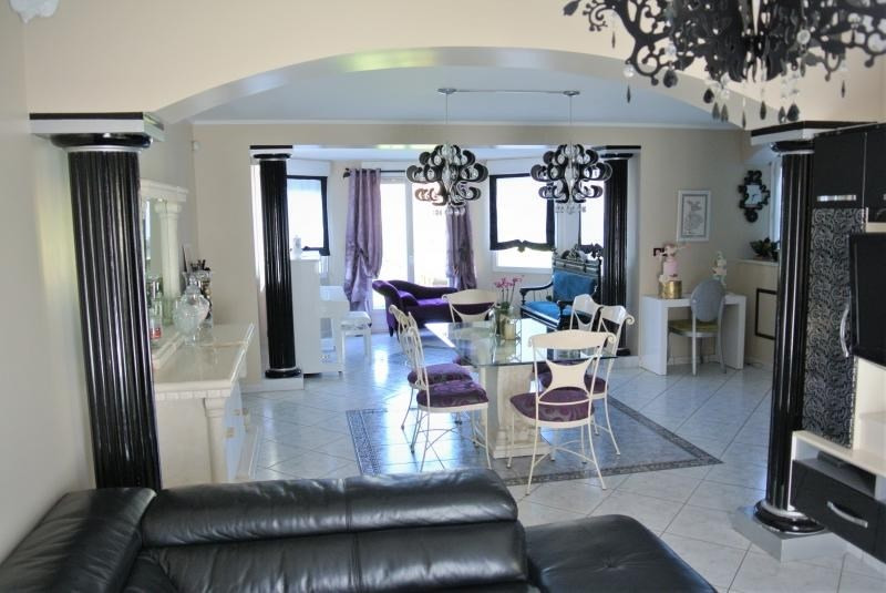 Sale house / villa Baillet en france 548 000€ - Picture 2