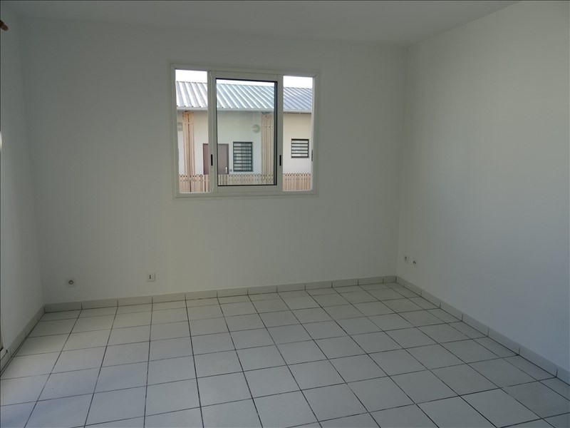 Investment property apartment Le tampon 52 000€ - Picture 3