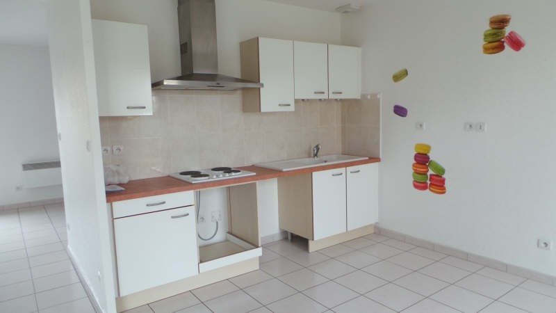 Location maison / villa Genlis 820€ CC - Photo 3