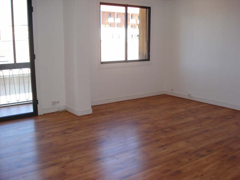 Location appartement Toulouse 1 120€ CC - Photo 2