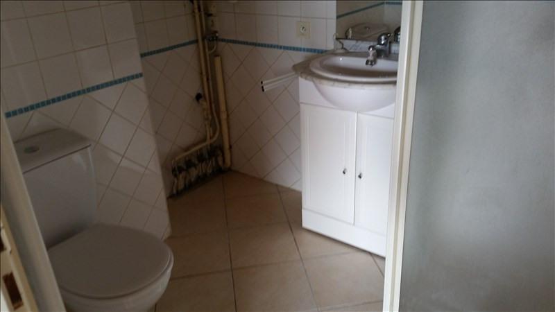 Location maison / villa Blanquefort 685€ CC - Photo 4