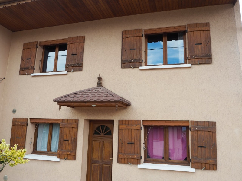 Sale house / villa Poisy 327 600€ - Picture 1
