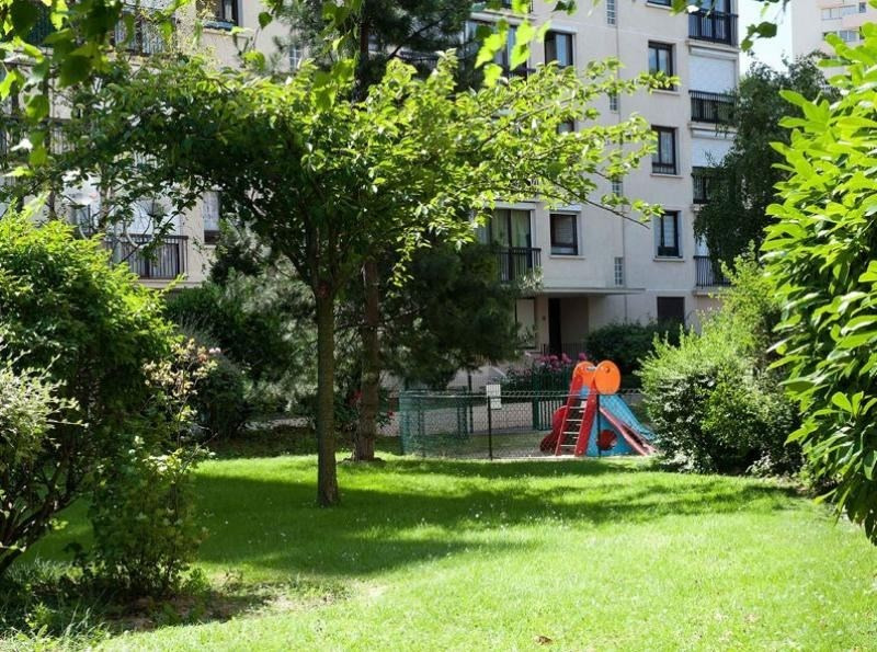 Sale apartment Chatillon 192300€ - Picture 2