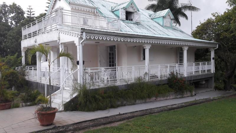 Rental house / villa Baie mahault 1600€ CC - Picture 1