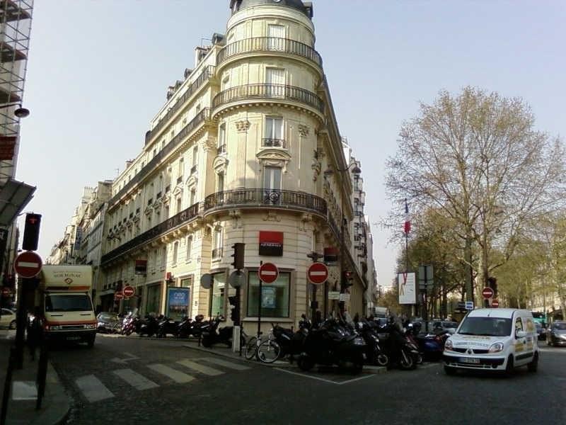 Rental apartment Paris 8ème 3790€ CC - Picture 8