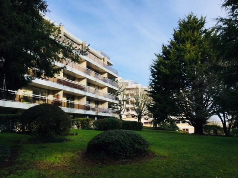 Sale apartment Vannes 68999€ - Picture 1