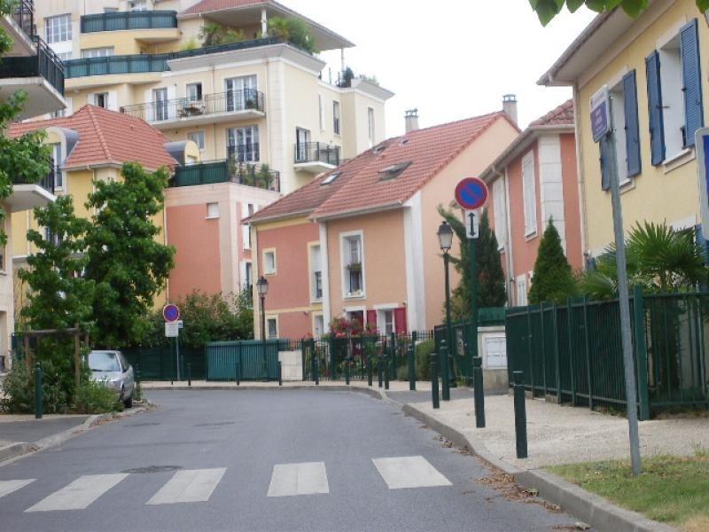 Sale apartment Villeneuve-la-garenne 169000€ - Picture 1