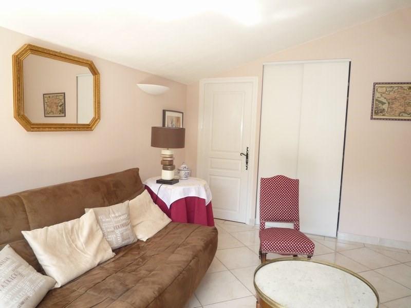 Sale house / villa Camaret sur aigues 388500€ - Picture 8