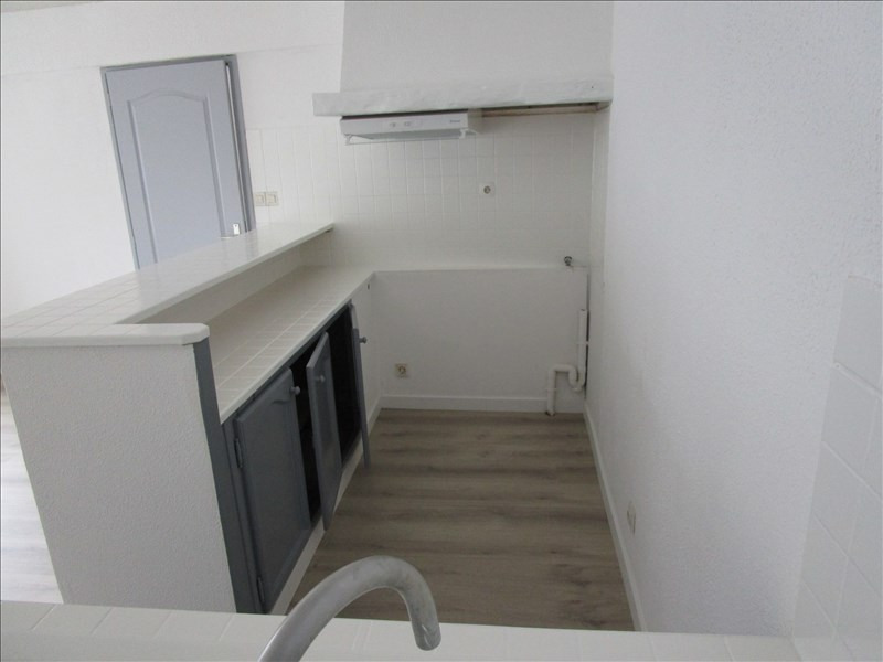 Location appartement Carcassonne 385€ CC - Photo 4