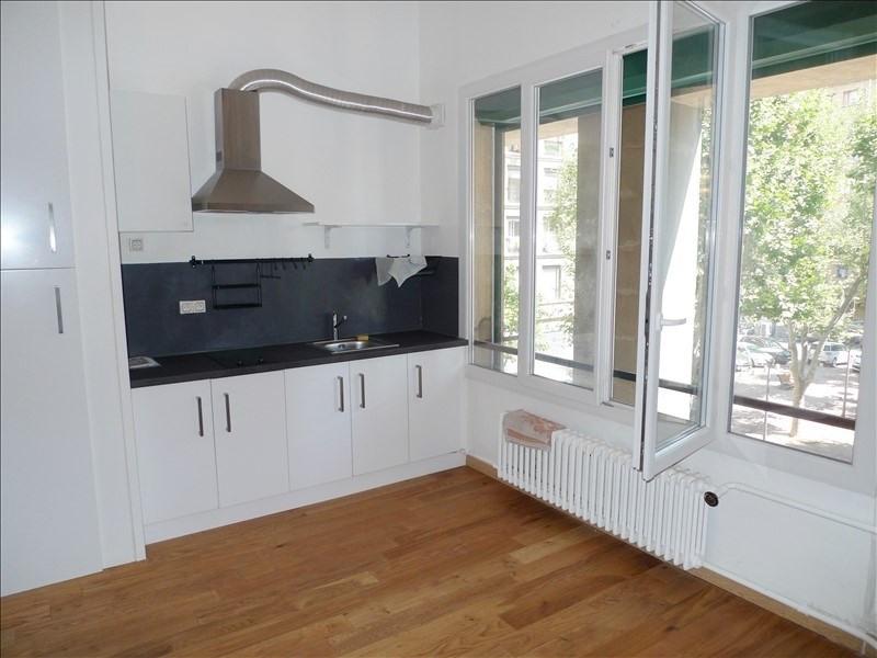 Location appartement Marseille 2ème 563€ CC - Photo 3