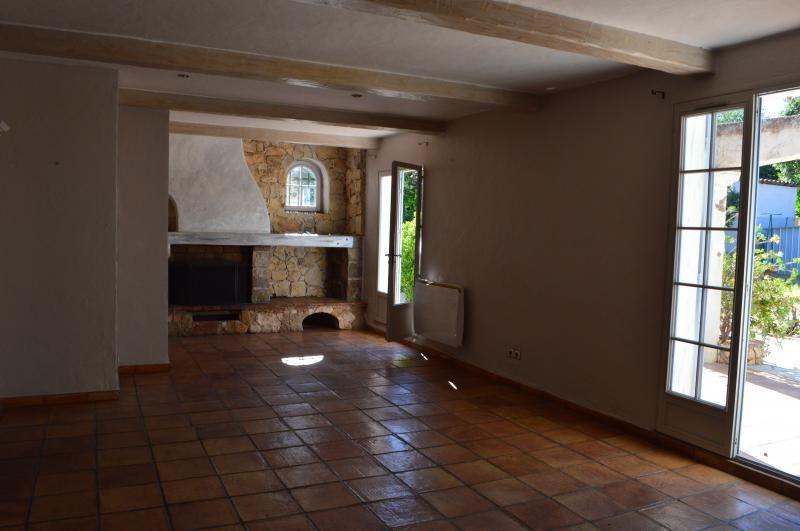 Sale house / villa Roquebrune sur argens 379500€ - Picture 2