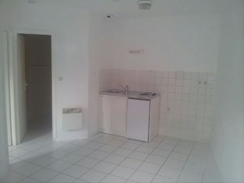 Location appartement Angouleme 310€ CC - Photo 1
