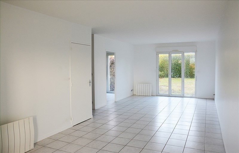 Location maison / villa St germain la blanche herb 900€ CC - Photo 3
