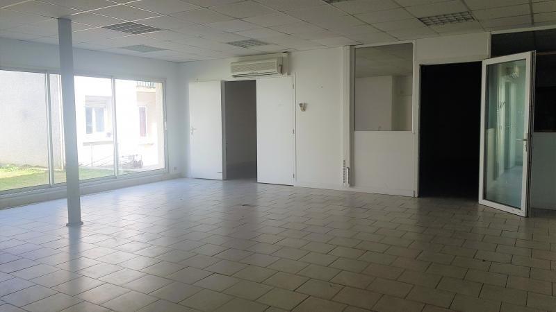 Sale building Ormesson sur marne 1040000€ - Picture 2