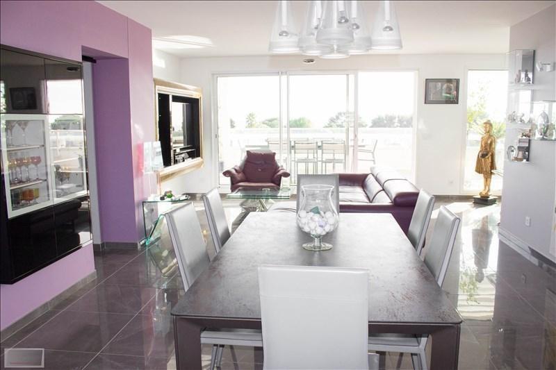 Deluxe sale apartment Carqueiranne 880000€ - Picture 5