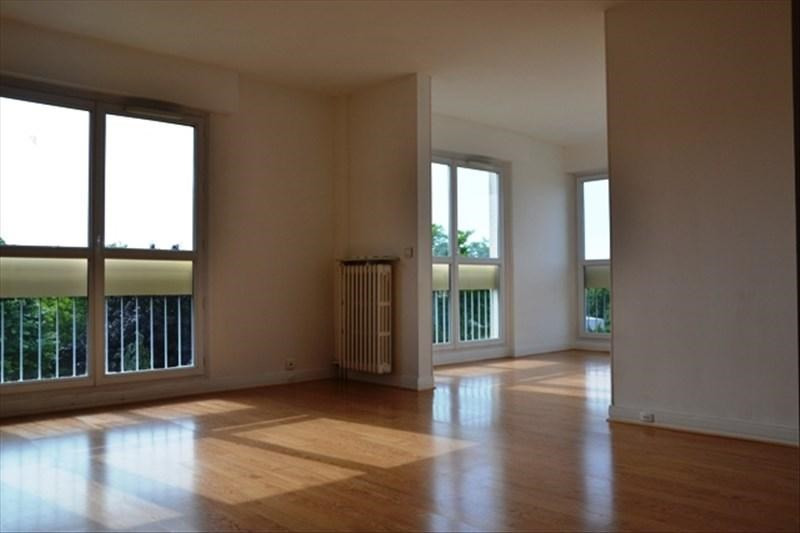 Rental apartment Mareil marly 1 310€ CC - Picture 1
