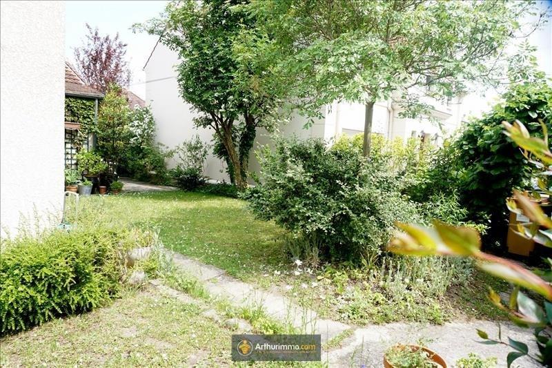 Sale house / villa Eaubonne 360000€ - Picture 1