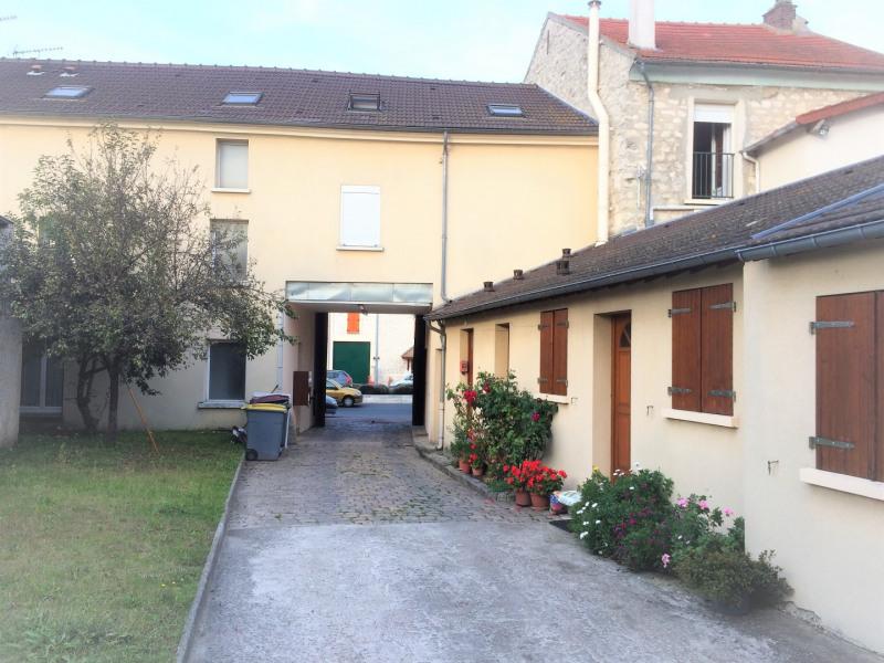 Rental apartment Pierrelaye 854€ CC - Picture 1