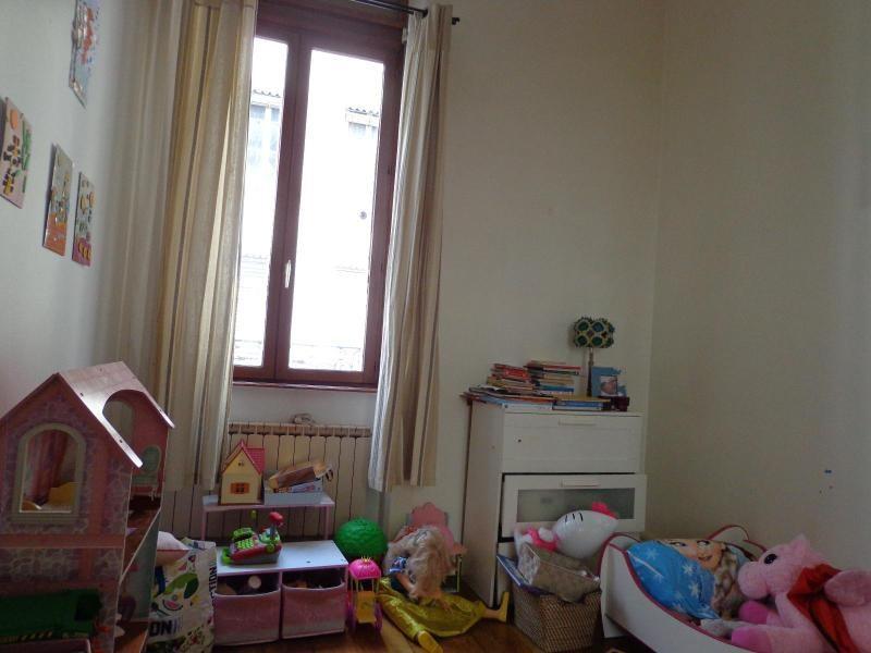 Location appartement Lyon 6ème 820€ CC - Photo 3