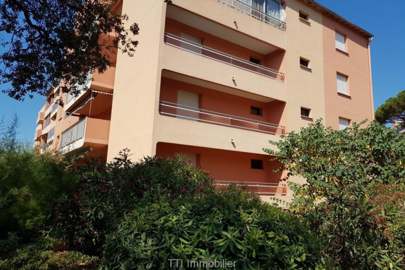 Deluxe sale apartment Sainte maxime 110000€ - Picture 1