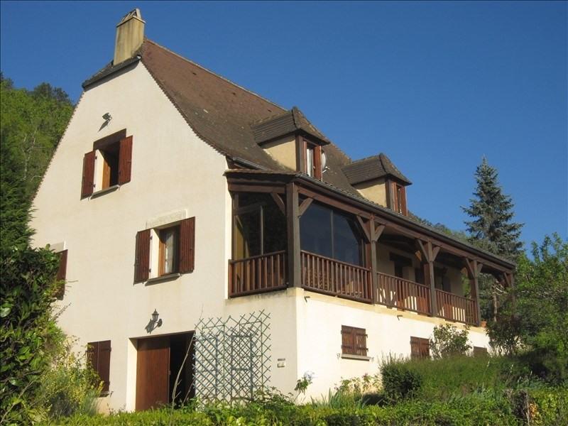 Sale house / villa Bezenac 201400€ - Picture 1