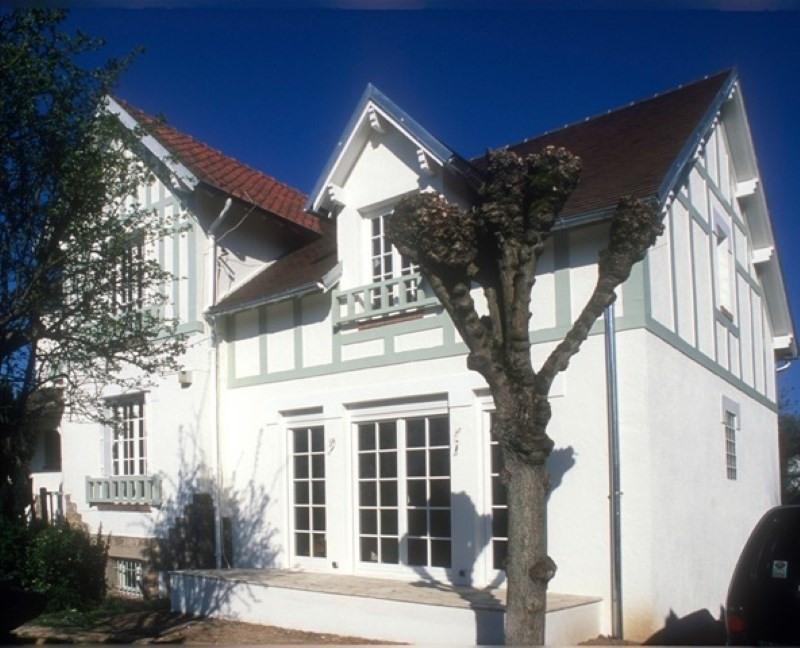 Rental house / villa Etang la ville 3990€ +CH - Picture 2