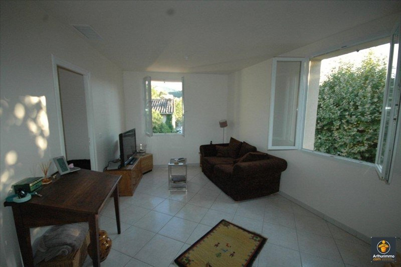 Sale apartment Roquebrune sur argens 147 000€ - Picture 2