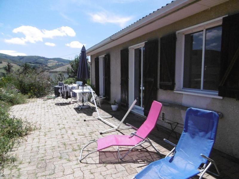 Rental house / villa La giraudiere 989€ CC - Picture 5