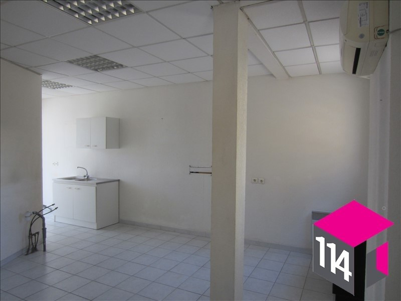 Location local commercial St bres 550€ HT/HC - Photo 5
