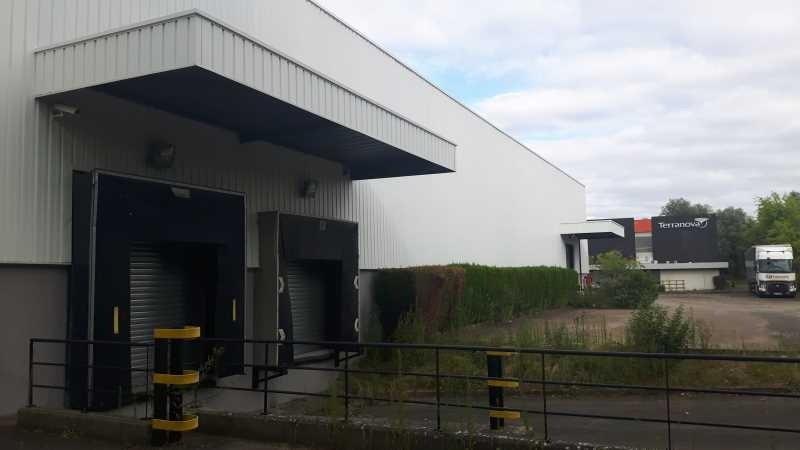 Location Local d'activités / Entrepôt Maurepas 0