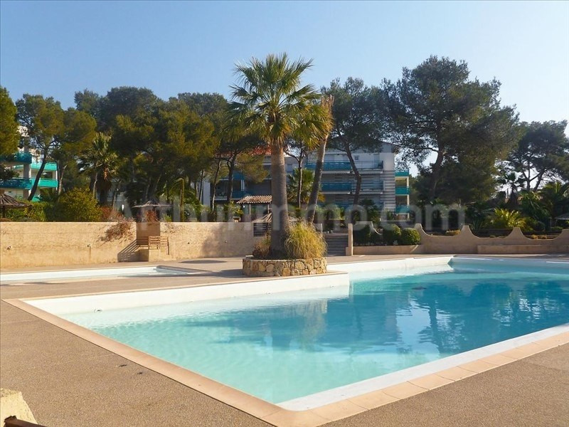 Deluxe sale apartment St raphael 795 000€ - Picture 1