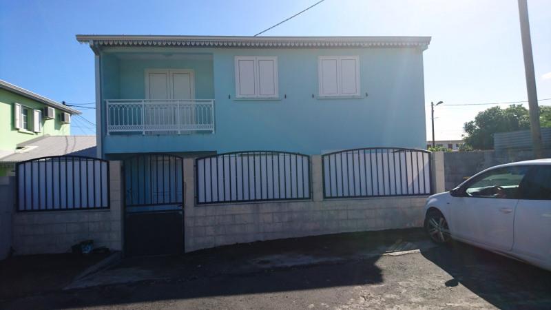 Rental apartment Sainte-marie 830€cc - Picture 1