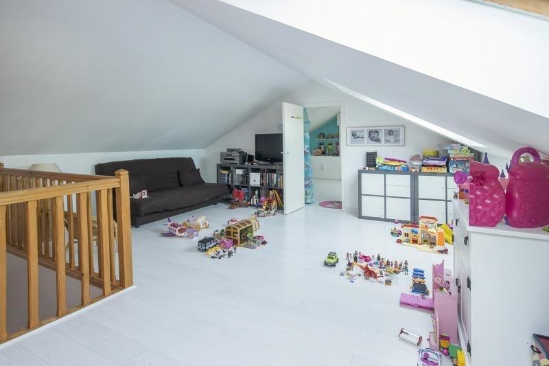 Sale house / villa Plaisir 469165€ - Picture 9