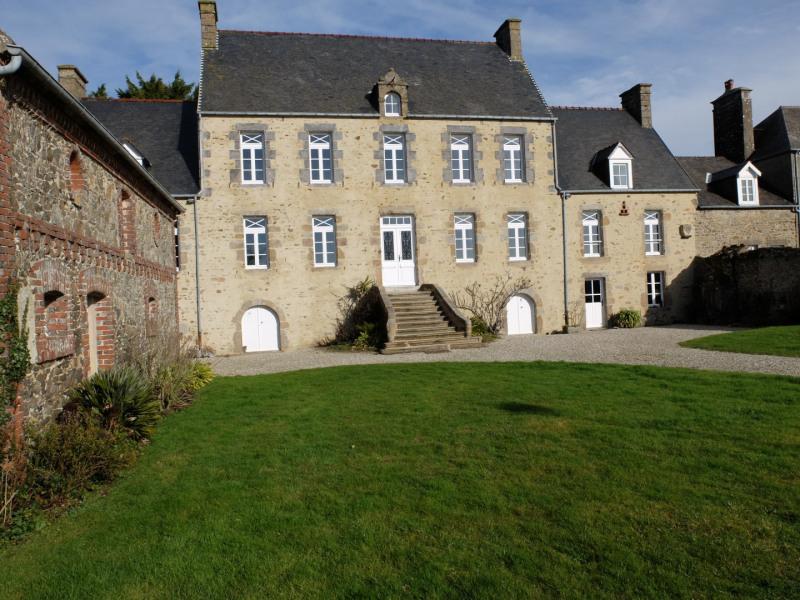 Vente de prestige maison / villa Tourville-sur-sienne 599000€ - Photo 1