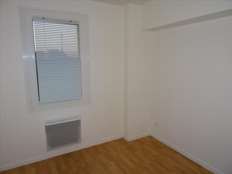 Rental apartment Neuilly en thelle 720€ CC - Picture 1