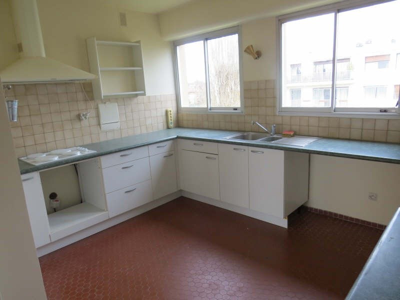 Rental apartment Maisons-laffitte 1860€cc - Picture 2