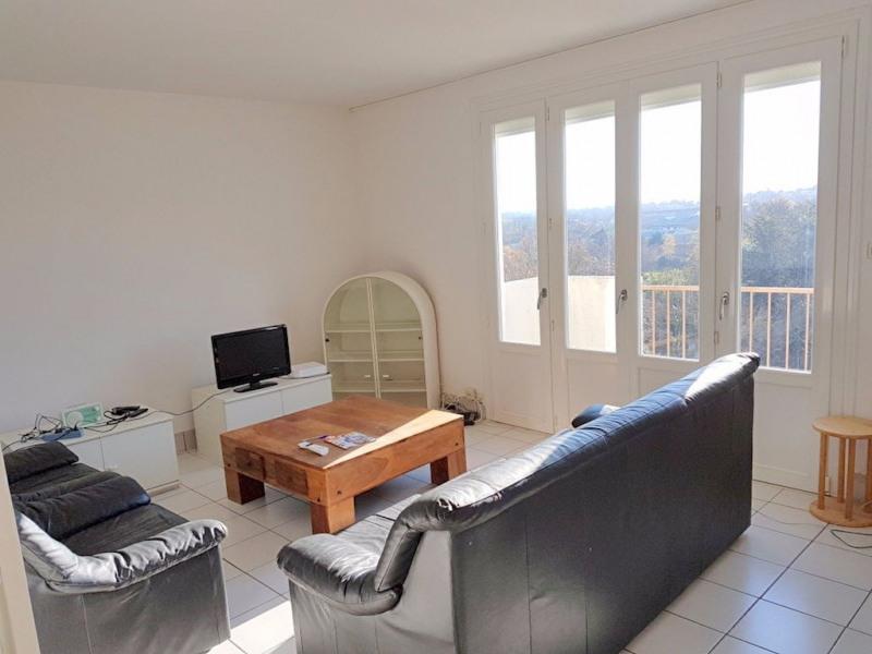 Sale apartment Cholet 55900€ - Picture 1