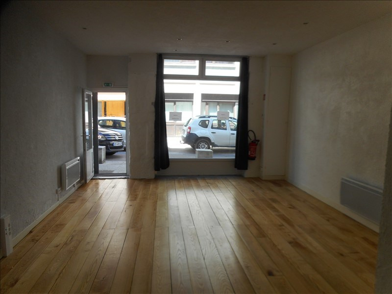 Location local commercial Voiron 395€ +CH/ HT - Photo 2