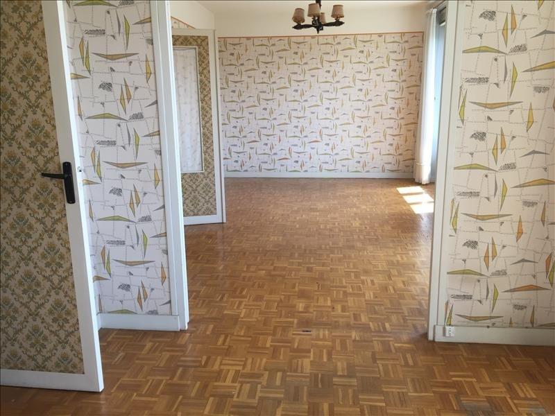 Sale apartment Vendome 66000€ - Picture 2