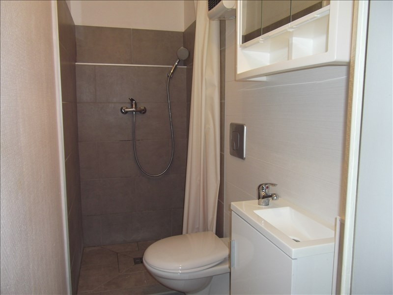 Location appartement Yenne 350€ CC - Photo 4