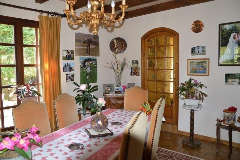 Vente maison / villa Figeac 295740€ - Photo 5