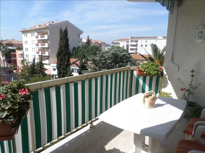 Sale apartment St raphael 126 000€ - Picture 2