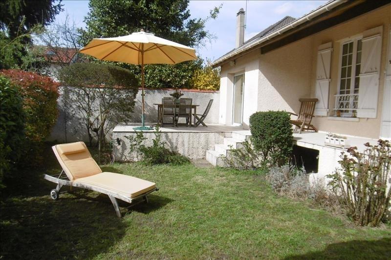 Sale house / villa St maur des fosses 863000€ - Picture 2
