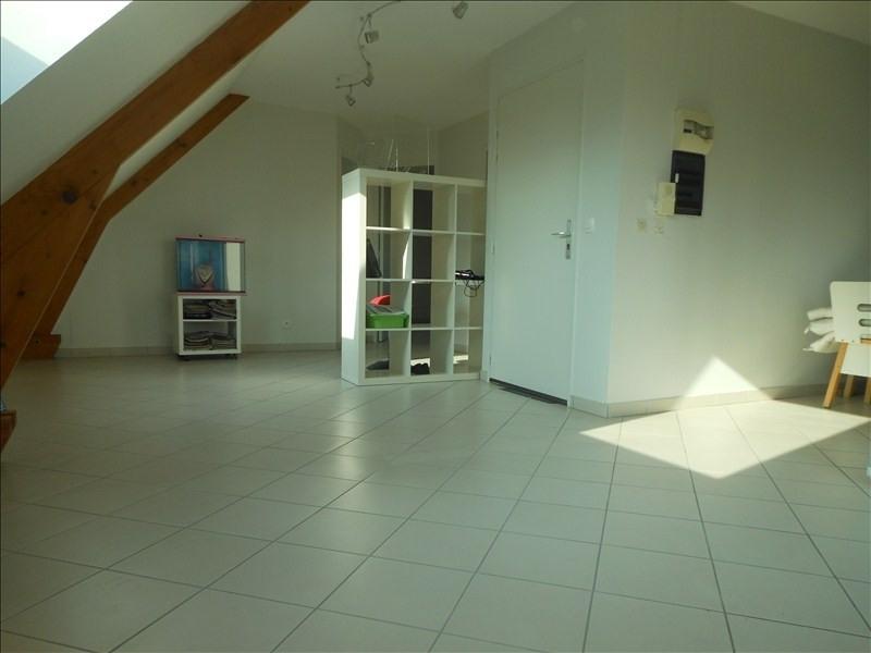 Rental apartment Brie comte robert 850€ CC - Picture 2